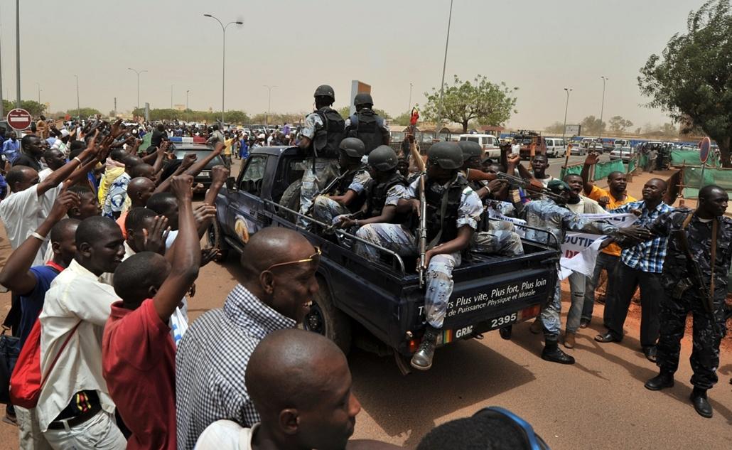 Malinagyítás afp, Mali, algéria, francia beavatkozás - mali katonák és támogatóik