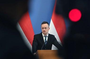 Szijjártónak köszönte meg a szlovák miniszterelnök, hogy összekötötte az oroszokkal