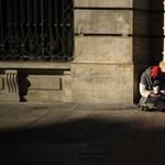 Felgyújtotta az egyik hajléktalan a másikat Buda egyik legfrekventáltabb helyén