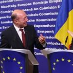 """Basescu: """"kérem ne nevessenek, Románia 2015-ben be akarja vezetni az eurót"""""""