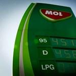 Újabb csúcson a 95-ös benzin ára