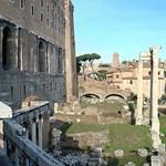 Amíg mi forrongunk, Rómában újra megölik Caesart
