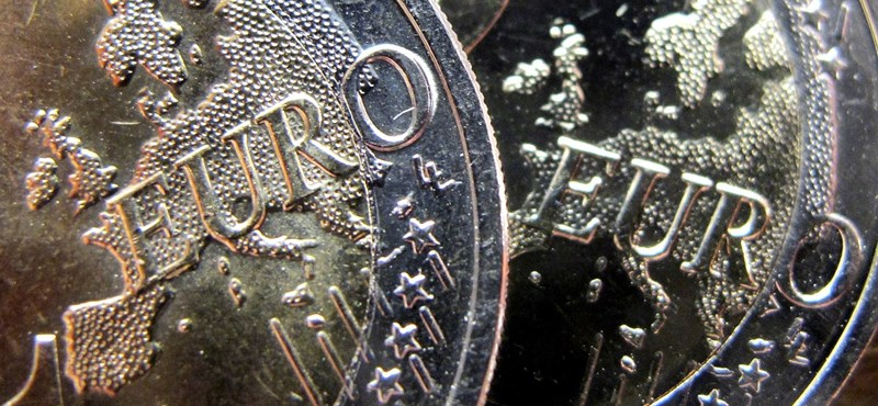 298 forint közelében az euró
