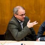 Ángyán: A maradék nyilvánosság, hogy hídfőink legyenek a parlamentben