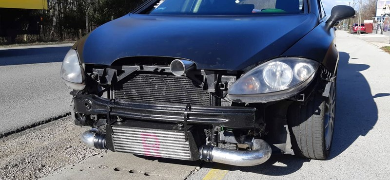 Fék nélküli kocsival kaptak el egy autóst, ráadásul még tetézte a bajt