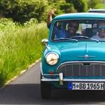 Amikor 34 lóerő veri a 600 lóerőt: elképesztő BMW-ket és egy parányi Minit vezettünk