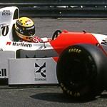 1,3 milliárd forintért adták el Senna ikonikus piros-fehér McLaren F1-autóját