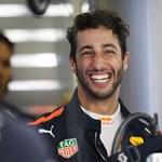 Daniel Ricciardo most önre mosolyoghat