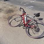 Így történt halálos baleset ma a fertődi bicikliversenyen (fotók)