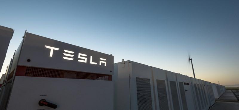 Elon Musk megnyomta az ON gombot: a Tesla bekapcsolta a világ legnagyobb akkumulátorát