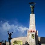 Fotó: ismét Paks ellen tüntetett a Greenpeace a Szabadság-szobornál