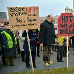 """Odacsapott a diáktüntetőknek az államtitkár: """"nehéz azt mondani, hogy nem pártrendezvény"""""""
