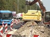 Fél éve csúszik két körforgalom átadása Budafokon