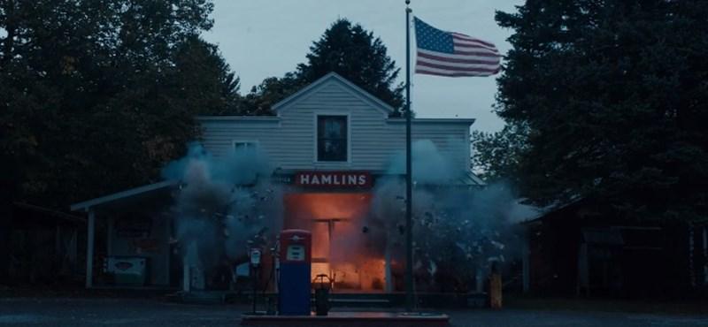Az Amerikai Álom is átcsaphat terrorizmusba – Ewan McGregor rendezőként debütál