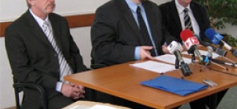 Érettségi feladatsorok: beváltak a szigorú biztonsági előírások