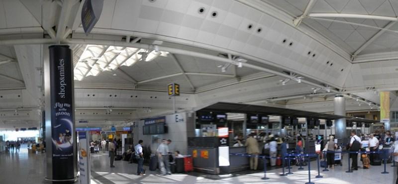 Rászálltak a hatóságok a német diplomatákra az Atatürk reptéren