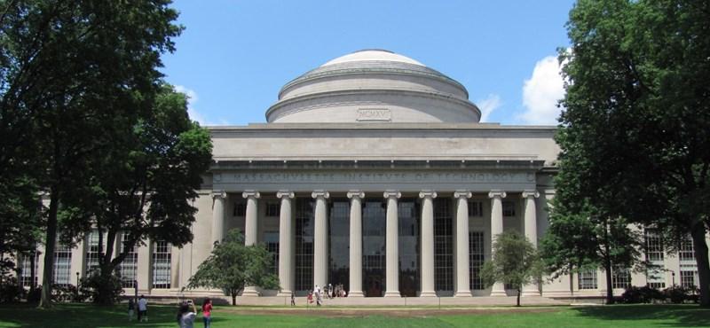 A világhírű MIT minden tudományos tananyagát ingyen elérhetővé tette