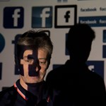 Kiment a Facebook egyik embere egy indiai felhasználóhoz, mert politikai témában írt az oldalra