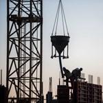 Előre gyártott fal segíthet a komoly gondokkal küzdő magyar építőiparnak