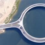 Eleve furcsa, hogy egy híd kör alakú, de nem találnák ki, miért