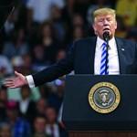 Trump szerint a demokrata párti politikusok maguknak köszönhetik, hogy valaki bombát küldött nekik