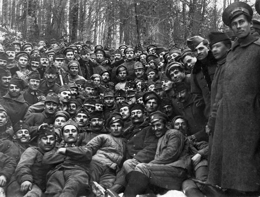 NE használd_! - Magyar fotográfusok háborús képei 100 éve és ma - nagyítás - Katonák - 1916.