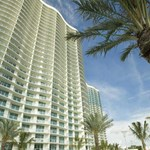 Ön lakna egyedül egy luxus toronyházban - válság Floridában