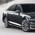 Nem fogunk unatkozni: jön az új BMW M5, Audi A8 és VW Touareg