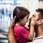 3555 menekültnek van magyar személyije