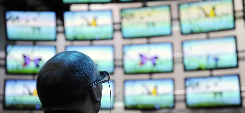 """""""Véletlenül"""" elgépelik a tévéműsorok nevét, így verik át a nézettségmérést a tévécsatornák az USA-ban"""