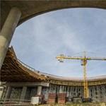 """Végtelenített marakodás Hódmezővásárhelyen: Lázár nélkül zárták a """"körhidas"""" elkerülő projektet"""