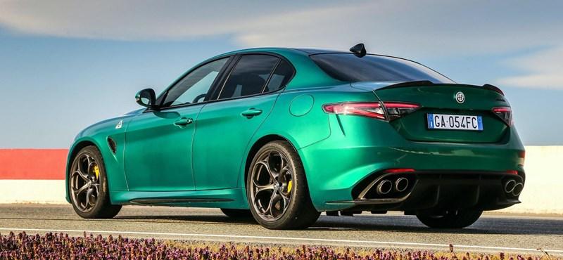 Frissítették az Alfa Romeo két izomautóját