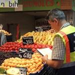 Magyarnak adják el a külföldi termékeiket a kofák