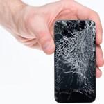 Betört a telefonja kijelzője? Nem indul a laptop? Olcsón is megúszható, csak időben kell lépni