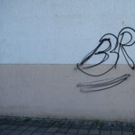 Részegen firkált össze 12 házat az önjelölt paksi graffitis