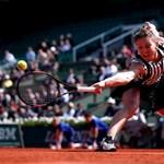 Porckorongsérve van a világelső teniszezőnőnek