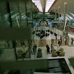 Lenyomta Dubai reptere a londoni Heathrow-t