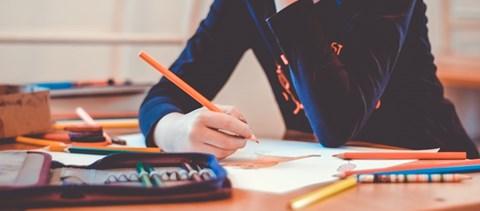 Ingyenes nyelvtanfolyamok indulnak, hétfőn lejár a pótfelvételire jelentkezés határideje - a hét hírei