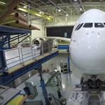 Jön a közel 600 fős utasszállító – újít az Airbus, Boeing