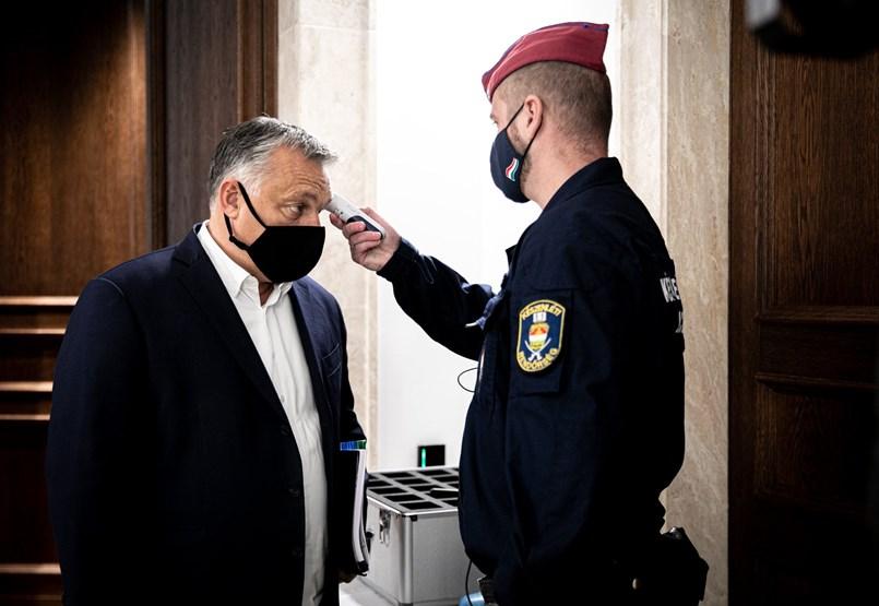"""""""Hányaknak kell még meghalni?"""" - Már a fideszes képviselők is szigorítást várnak Orbántól"""
