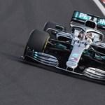 Egy kerékcsere mindent eldöntött a Hungaroringen: Lewis Hamilton ismét győzött
