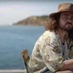 Egy denevérszendvicses poén miatt áll a bál Ausztráliában