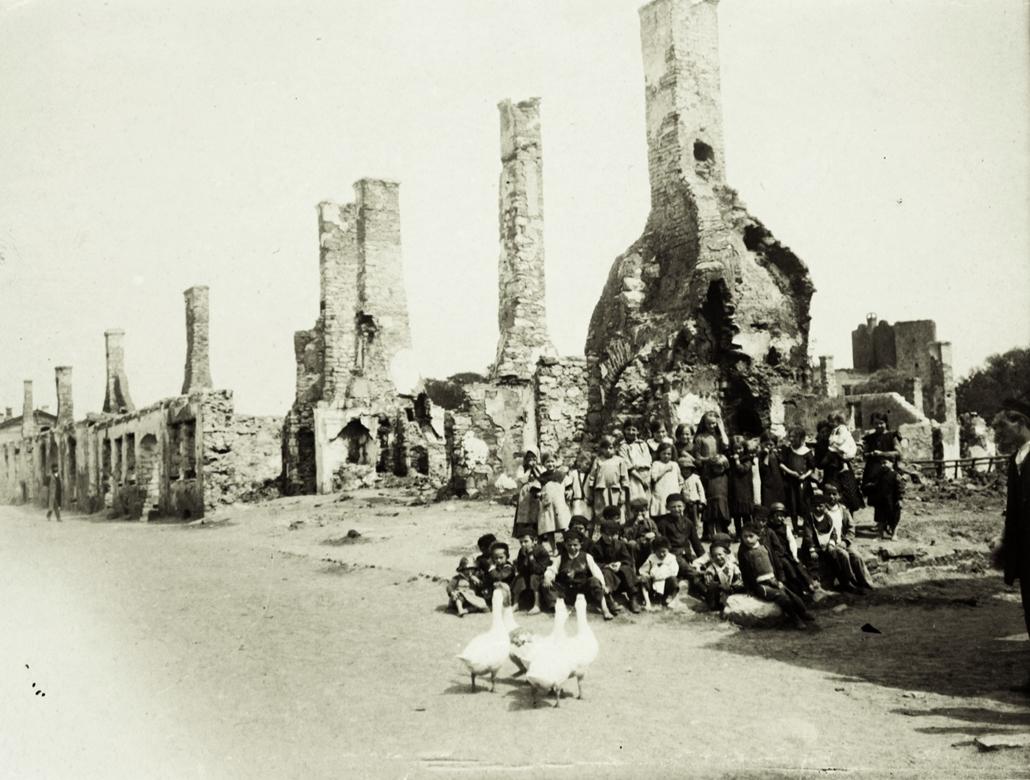 NE használd_! - Magyar fotográfusok háborús képei 100 éve és ma - nagyítás - 1915.