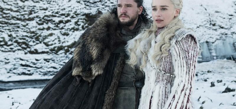 Kiretusálta az HBO a Trónok harcában felejtett Starbucks-poharat