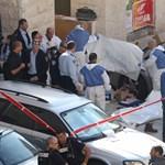 Baltával mészároltak le több embert egy zsinagógában Jeruzsálemben