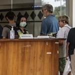 Az idősek halnak bele, de a fiatalok kapják meg először a koronavírus elleni vakcinát Indonéziában – videó