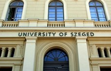 Az SZTE szenátusa levette napirendről az egyetem nevének megváltoztatását