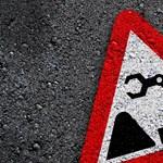 Különleges kéréssel kereste fel a közútkezelőt az alsós kislány: szexistának találta a közlekedési táblát