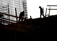Az építőipar megúszhatja a válságot, de nem kizárt a teljes leállás