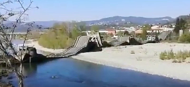 Összeomlott egy híd Olaszországban